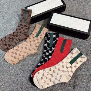 Дизайнер Мужские Женские Носки Пять Пары Люкс Спортивные Зимние Сетка Письмо Печатный Носок Вышивка Хлопок Человек с Коробка AAA +++