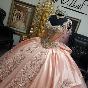 2021 Pink Luxury Quinceanera Dresses Ball Gown Spaghetti Straps Lace Crystal Beading Plus Size Bow Sweet 16 Corset Back Formal Party Prom Evening Gowns
