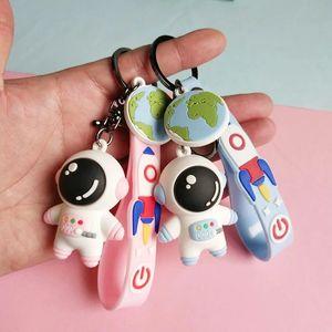 الإبداعية الكرتون رائد فضاء رائد فضاء المفاتيح دمية حقيبة مدرسية قلادة سيارة مفتاح سلسلة حلقة زخرفة هدية صغيرة