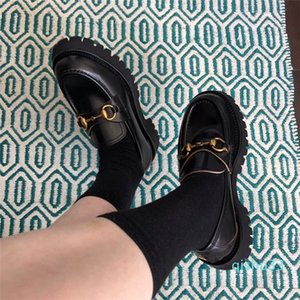 Wholesale- New designer shoes for Women Horsebit loafer Low heel Leather lug sole loafers with rosebud print Black platform casual shoes