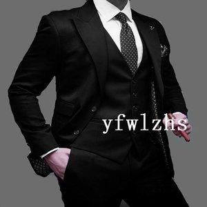 Classic Two Buttons Handsome Groomsmen Peak Lapel Groom Tuxedos Men Suits Wedding Prom Man Blazer ( Jacket+Pants+Vest+Tie) W907