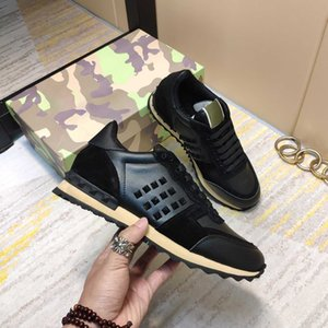 Mujeres hombres camuflaje zapatillas zapatos zapatos clásico remache tachonado pisos de malla de gamuza de cuero casual entrenadores con caja