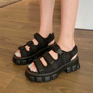 Zawsthia Летний панк гот Повседневная открытая носят женские летние туфли толстые подошвы платформы боевой женщины плоские сандалии большой размер 45 210611