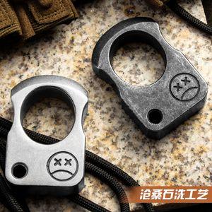 Strumento di sopravvivenza all'aperto in acciaio in lega EDC Tool Tactical Tool Multifunzionale Anello Pendente Anello Pendente Breaker Breaker Titanium EDC