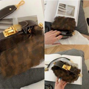 RVFLQ NOUVEAU dans l'ancien _ Dener Sac à main Noir et personnel Personnel Sacs de luxe Sacs de luxe Aluminium et Lettre de timbre à grains Calfkin avec sac à main