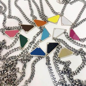 Fashion chain triangle necklace for mens and women party wedding engagement lovers gift jewelry with box NRJ