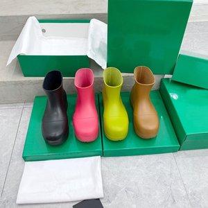 2021 designer luxury PUDDLE boots Rainboots Women Candy colors Rubber Rain Waterproof Shoe Platform PVC Booties