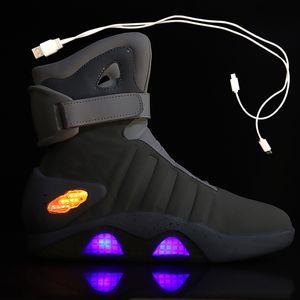 Chaussures de basket-ball de printemps Chaussures USB Chargements LED Chaussures lumineuses Hommes Mode Light Up Hommes Casual Hommes Retour au futur Sneaker rougeoyant