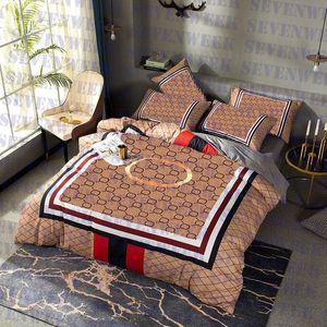 Classic Letter Print Quilt Cover Bed Sheet Pillowcase Four-piece Sets High Grade Cotton Home Bedding Set