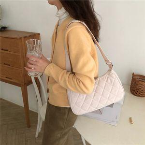 Luxury Designer Handbag New Fashion Simple Western Style Underarm Bag Shoulder Crossbody Womens Bag Embroidery Thread Diamond Quilted Handba