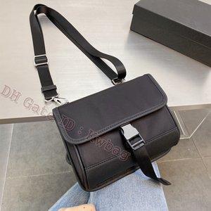Luxurys Designer Taschen Messenger Bag Mode Crossbody Handtasche Klassische Nylon Wasserdichte Kreuzkörper Satchel Laptop Schulter Totes Geldbörse Pochette Rucksack