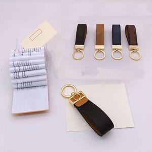 Mode Luxurys Key Boucle Boucle Amovers Car Keychain Cuir Main Cuir Designers Keychains Hommes Femmes Sac Pendentif Accessoires 10 Couleur