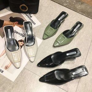 Sandal Especial em forma de salto Baotou Meio estilo de verão das mulheres versátil