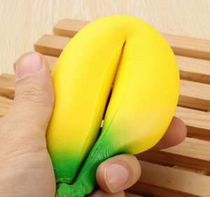 Squishy Banana 18cm Giallo Squishy Super Squeeze Lento Rising Kawaii Squishies Simulazione Fruit Bread Bambino giocattolo giocattolo Decompressione