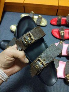 2021 Women Summer Sandals Cool Slippers BOM DIA FLAT MULE Designer sandal gold-tone buckles two straps slide shoes size 35-40
