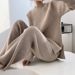 2021 2 piezas Mujeres Traje Turtleneck + Carrot Jogging Pants Pullover Suéter Set Chic Punto Outwear Outwear
