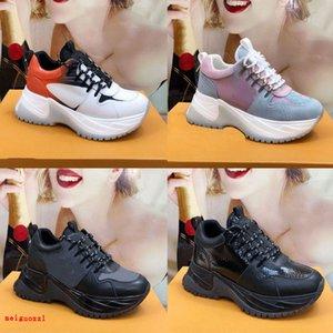 Neuer Lauf weg Sneaker Designer Mens Casual Schuhe Frauen Sneaker Erhöhung des leichten Gewichts Mischfarben gemacht Top-Qualität Custom Luxury Trainer