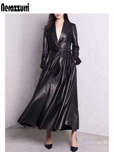 Nerazzurri Высококачественные красные Maxi черный кожаный трещины для женщин Длинные Mouwen Extra Longed Shirted Overcoat плюс размер моды
