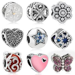 Pandora Bilezikler Uyar 20 adet Dört Yonca Kalp Kelebek Gümüş Charms Boncuk Kadınlar Için DIY Avrupa Kolye Takı Aksesuarla