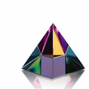 HD 2 '' Egypte Egypte Pyramid Pyramid Presse-papiers dans une boîte-cadeau Guérison énergétique Feng Shui avec des lingettes de cristal libre Home Decor 210318