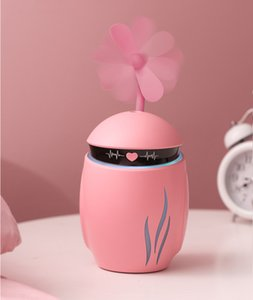 2021 Creative 3 in 1 small Q Humidifier Essential Diffuser Aroma Lamp LED Night Light USB Fan Aromatherapy Air freshener Fogge