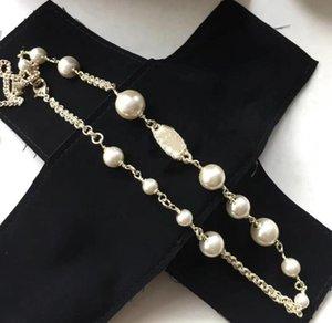 Femmes Designer Bijoux Bijoux Pearl Chain Orbit Collier Clavicule Colliers de cou de cou pour cadeau avec boîte spéciale Bon qualité