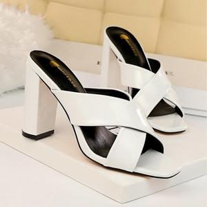 Женские одежды обувь на высоких каблуках с горный хрусталь Стелето-полость, модная, удобная, подходит для весны и лета