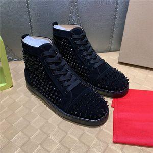 2021 الرجال النساء عارضة الأحذية الأحمر أسفل مصمم الأحذية مرصعة المسامير من الداخل أزياء أحذية رياضية أسود أبيض جلد أحذية عالية الحجم 34-48