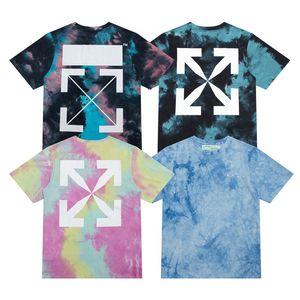 Manga corta Versión correcta 2021 Verano Nueva moda Marca Estilo Off Tie Dye Arrsyle camiseta para hombres y mujeres roru