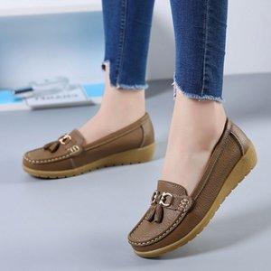 2021 جديد أزياء المرأة الجلود الفاخرة مصمم عارضة الأحذية زائد الحجم مريحة البرية أعلى جودة الشقق الأحذية السيدات غير زلة واحدة حذاء واحد لينة المتسكعون