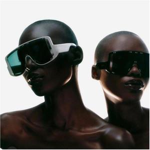 Gafas de sol de gran tamaño Gafas de sol de gradiente Sombras claras para mujeres Big Frame Punk Hombres Eyewear UV