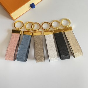 Key Chain Buckle Lovers Car Keychain Handmade Leather Designers Keychains Men Women Bag Pendant Accessories 6 Color