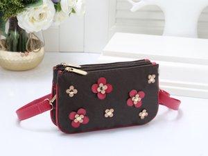 Le dernier sac à main pour femmes en 2021, sac à bandoulière à la mode fleur, cuir de luxe, tourisme pratique spécial