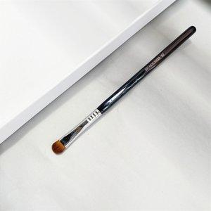 Soft Focus Shader Eye Makeup Brush E52 - Large Flat Eye Shadow Blending Beauty Cosmetics Tools