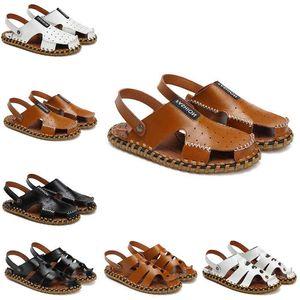 well sandal shoes for men women slippers designer platform runner triple black summer fashion outdoor house slide mens womens sneakers 39