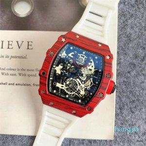 Hohe Qualität Stoppuhr Quarzuhr Batterie Gummi Silikon Analog Skeleton Dial Designer Mens Armbanduhren