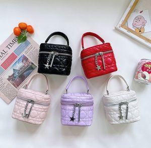 Luxury kids metal star chian bucket handbags girls Diamond lattice single shoulder bag children princess purse women mini cosmetics bags A7758