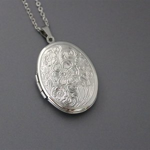 1pc Cute Oval Lotus Flower Shell Photo Frame Stainless Steel Necklace Floating Locket Charm Necklaces Women Men Memorial Jewelry