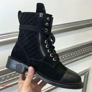 2021 Brand Womens Boots Alta qualità Lacciatura Locomotiva Scarpe Casual Sneakers Designer Designer Donna di lusso Boot ricreativo Genuine Pelle pelle scamosciata Zipper Zipper Martin Boots