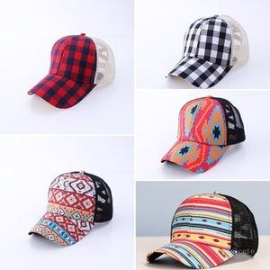 Moda coreana de los hombres gorras de béisbol ajustable negro y rojo a cuadros cruzado de ponytail Sombreros de caballo T500512