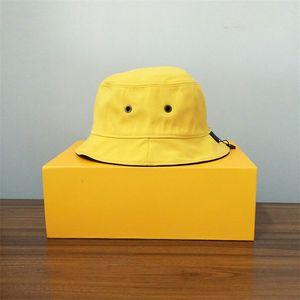Designer Cap Fashion Stingy Brim Hats Double Wear With Letters Beach Hats traspirante Unisex Bittex Quadri stagionale Cappucci di alta qualità