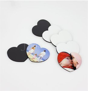 Sublimation Blank Wooden Fridge Magnets Romantic Heart shaped Heat Transfer MDF Magnetic Sticker Household DIY Decorative Cup Mat DD063