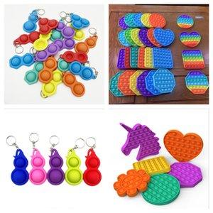 Muchas formas Pop Toy Toy Fidget Fidget Fidge Relevalver Toys Llavero Corazón Color Redondo Colores Silicone Llavero Colgante Niños Adultos Regalo G32501