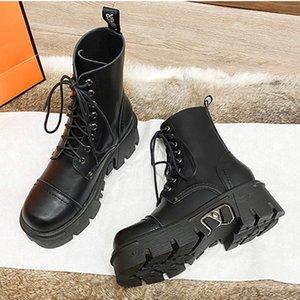 Boots Boussac Круглый носок металл Deco Chunky каблука черный панк-платформа мотоцикл женский дизайнер езда