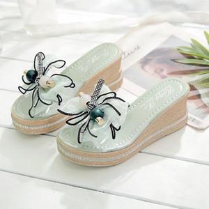 Slope Heel Terlik Kadın Dış Giyim 2021Summer Rhinestone Yay Şeffaf Flip-Flop Sandalet ve
