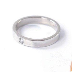 2021 مجوهرات الرجال / المرأة الكامل تشيكوسلوفاكيا الماس الأزياء الدائري الذهب 3 اللون زوجين التيتانيوم الصلب عالية مصقول مع مربع للهدايا