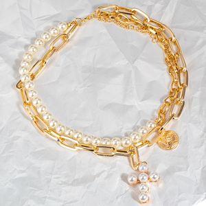 Collar de perlas de la vendimia para las mujeres MULTILAYER Geométrico Metal Lock Moneda Retrato Colgantes 2021 Joyería de Gargantilla de moda Collares colgantes