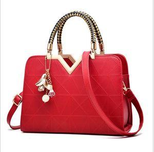 New Arrivals Genuine Leather Pouch Cloud Designer Ladies Crossbody Shoulder Bag Top Quality Handbag 400