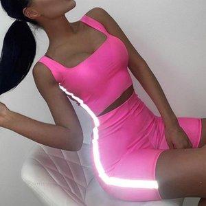 봄 패션 여성의 두 조각 반사 스트라이프 자르기 탑 바디 콘 짧은 정장 바지 여름 섹시한 아가씨 캐주얼 복장 옷 tracksuits