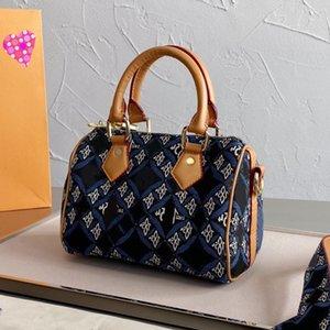2021 Dark blue denim Boston bag Luxury design new printed women's tote bag All-match everyday multifunctional shoulder bag Brown Blue purse